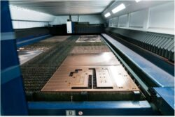 laser cutting bed interior